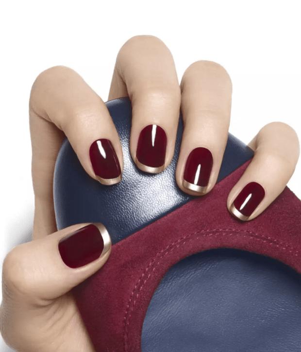 Маникюр бордовый 2018-2019 на коротких ногтях