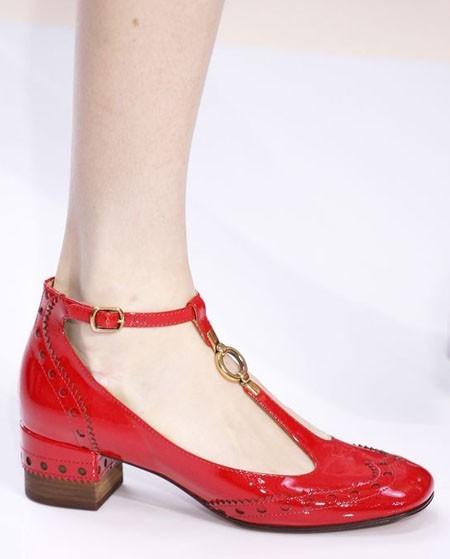 туфли 2018-2019: красные модные женские фото