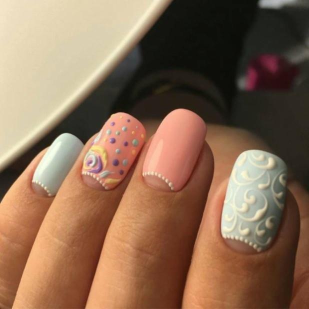 Лунный маникюр 2018-2019 на длинные ногти