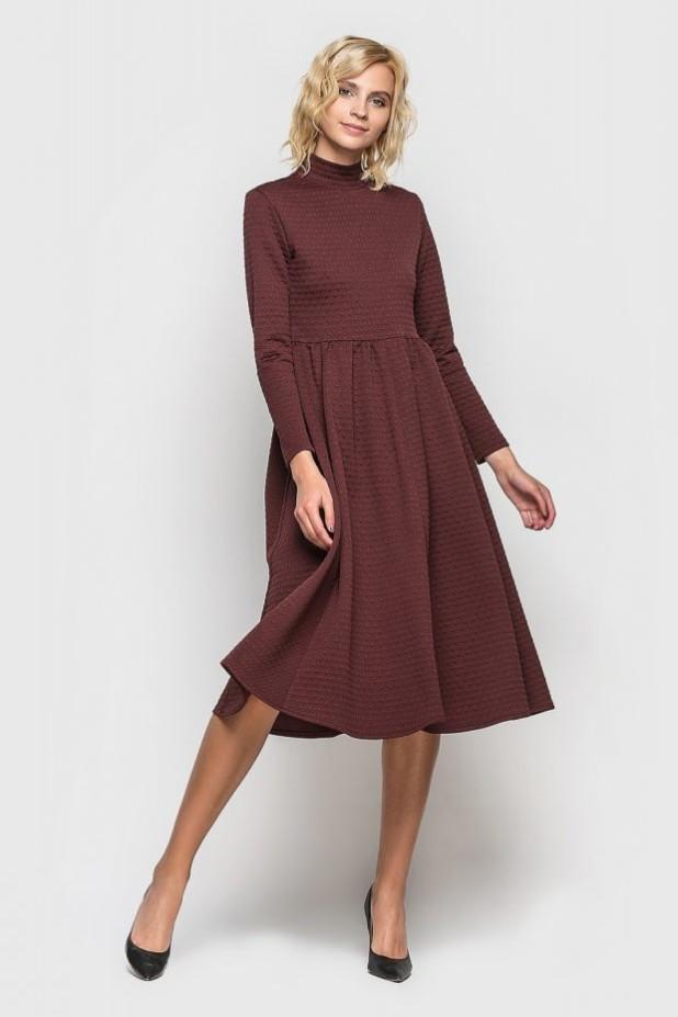 стильное платье на каждый день: Трикотажное бордовое