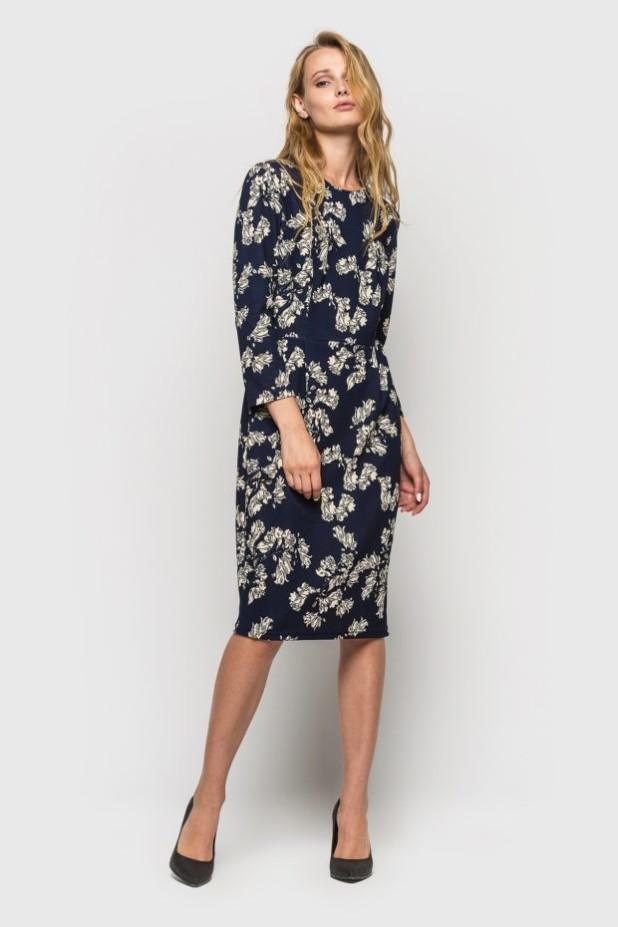 стильное платье на каждый день: Трикотажное в цветок