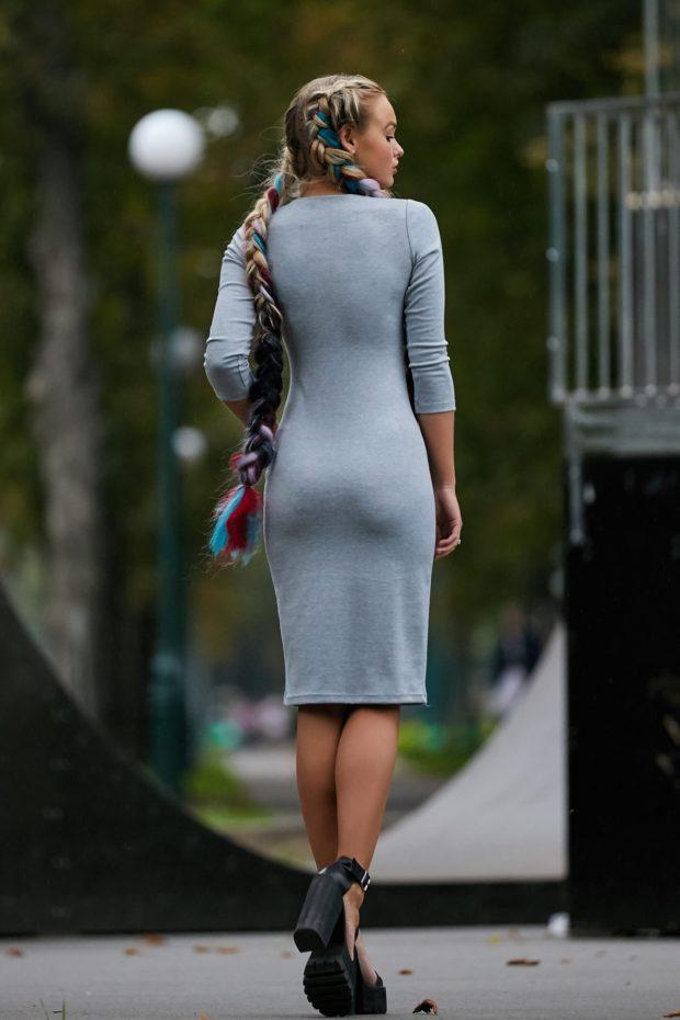 стильное платье на каждый день: Трикотажное серое