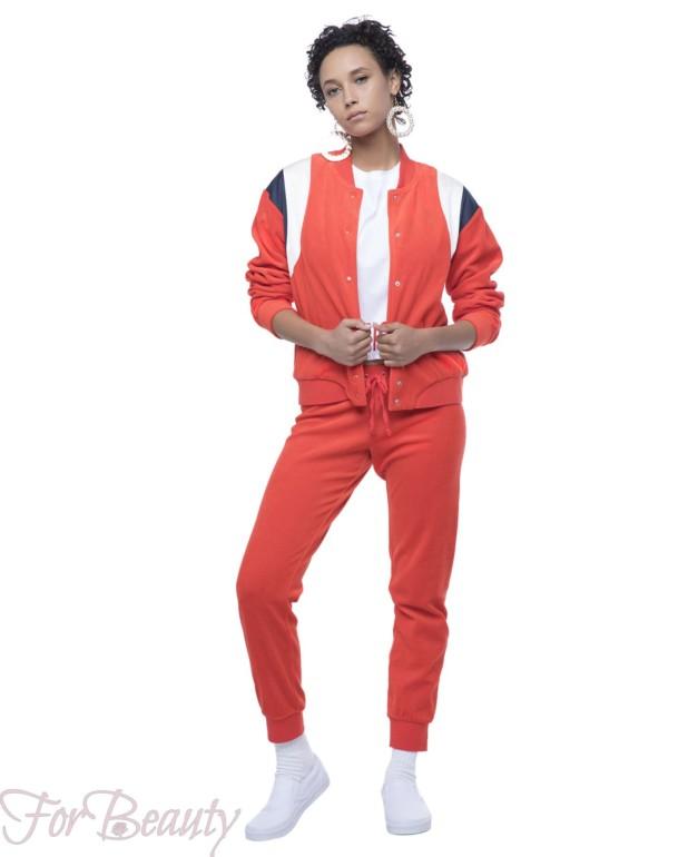 спортивный костюм женский модный 2018 2019: красный велюровый