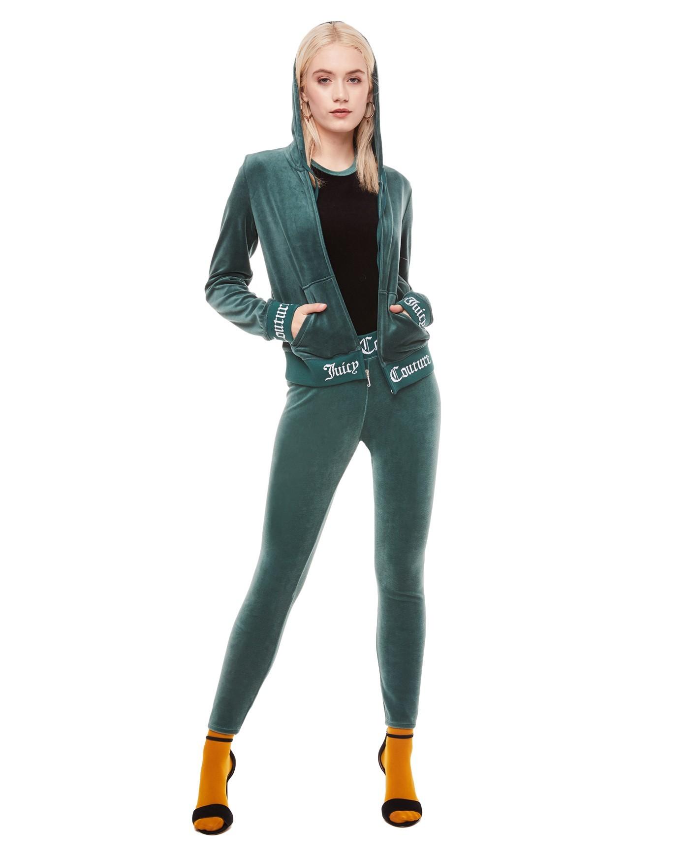 спортивный костюм женский модный 2018 2019: зеленый велюровый