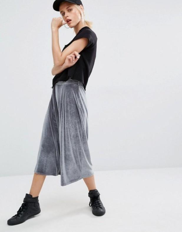 модные брюки в 2018-2019 году для женщин: бархатные как юбка