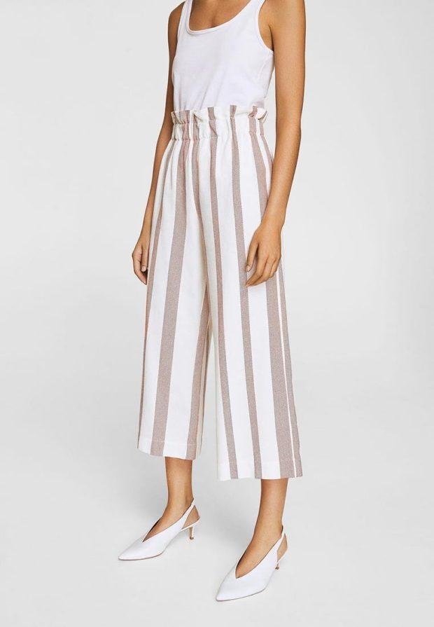 женские брюки 2021: белые в полоску широкие