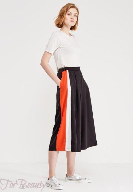 модные брюки 2019 женские: кюлоты черные с красным