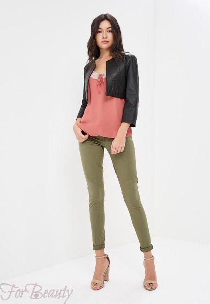 модные брюки женские 2019: зеленые скинни укороченные