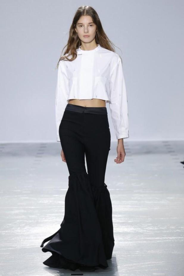 брюки женские 2018-2019: клеш черные