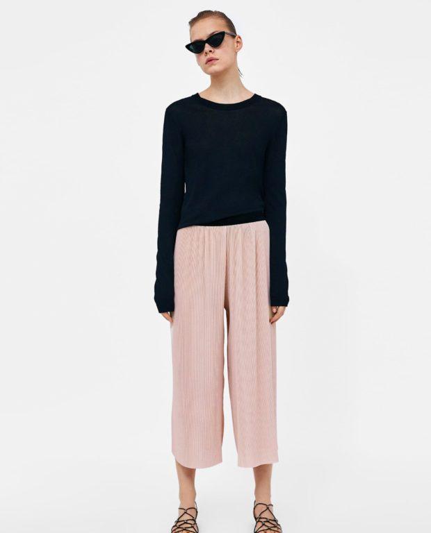 брюки женские 2020-2021 года модные тенденции фото: розовые