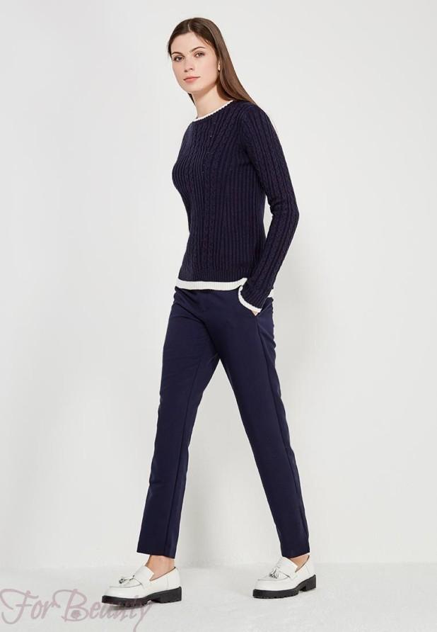 женские брюки 2019 года модные тенденции фото: синие узкие