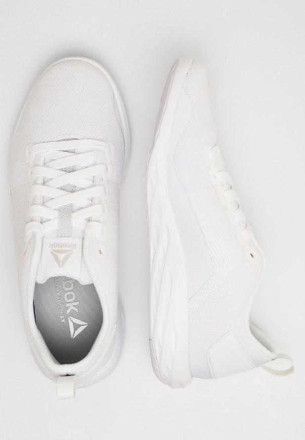 Модные белые кроссовки 2018-2019 фото