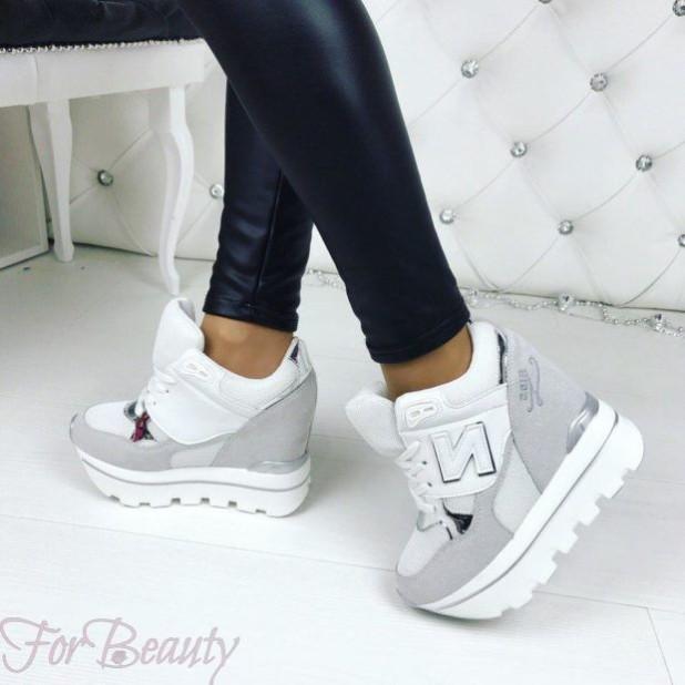 114256c8d24a Модные кроссовки 2018-2019 года женские 300+ фото новинки тренды