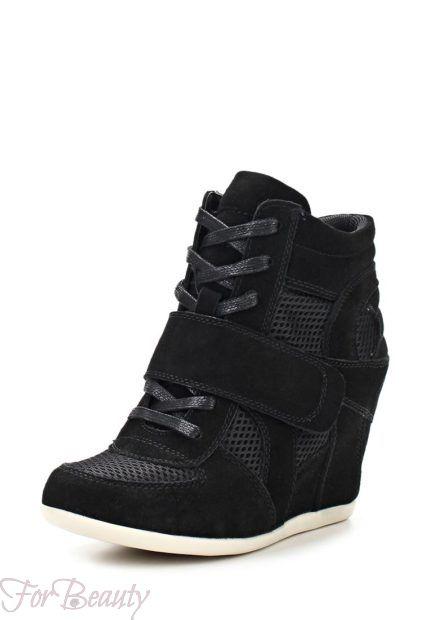 Модные черные кроссовки на танкетке 2018-2019