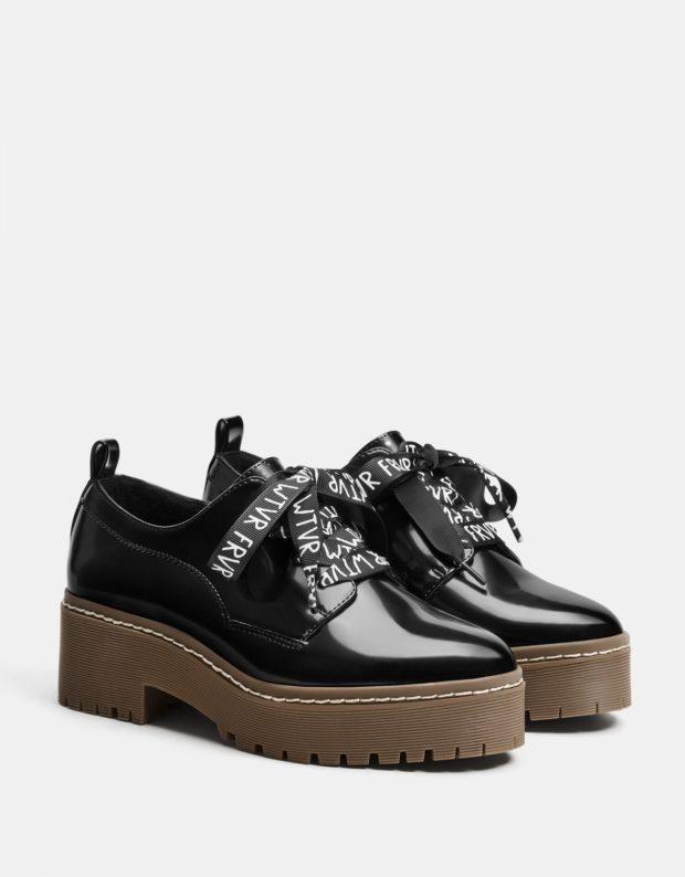 модные туфли 2018-2019: с надписями