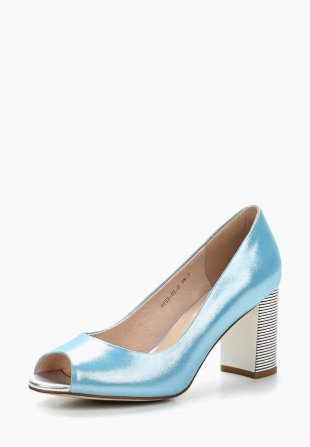 модные туфли 2018-2019 женские фото: голубые с открытым носком