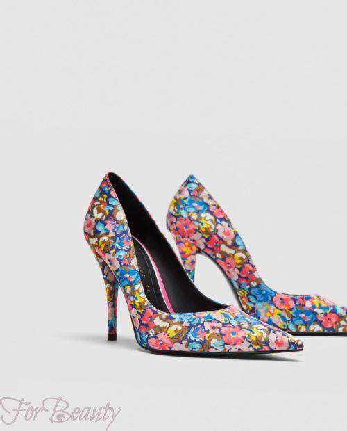 туфли 2018 года модные: цветастые на шпильке
