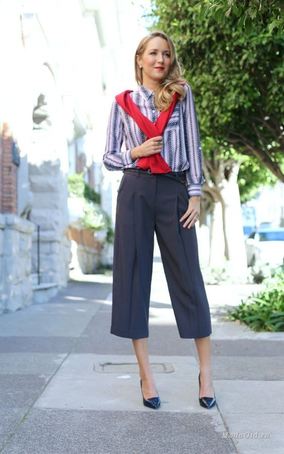 брюки женские 2018-2019 года: скинни серые