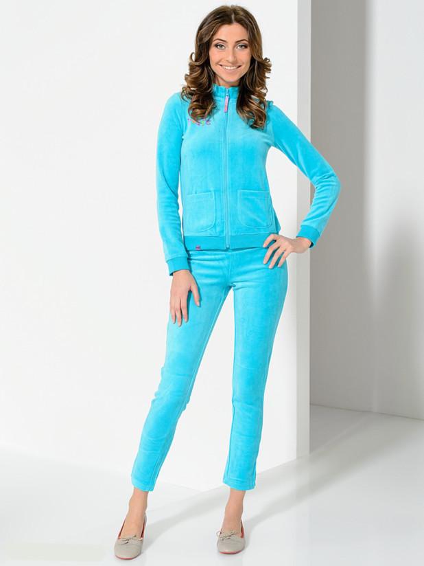 модный спортивный костюм для женщин