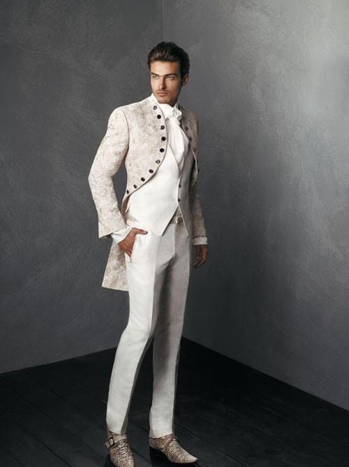 стильный белый костюм на выпускной для парня 2018 фото