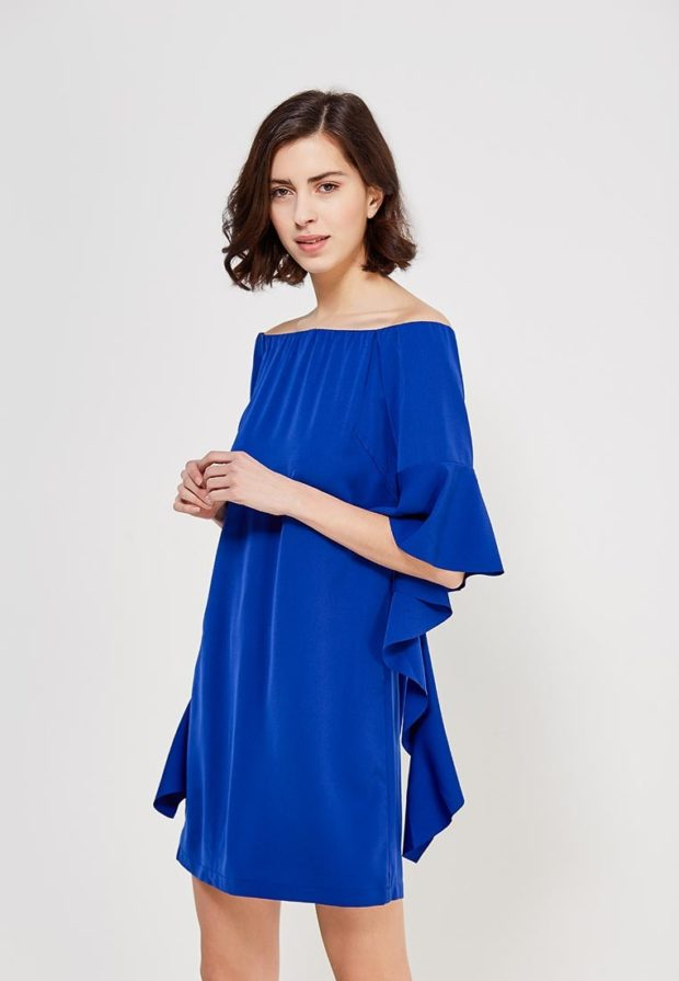 стильные образы на каждый день 2018-2019: с синим платьем