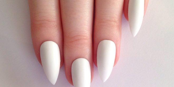 Белый маникюр 2020-2021: модные тенденции, фото, дизайн ногтей