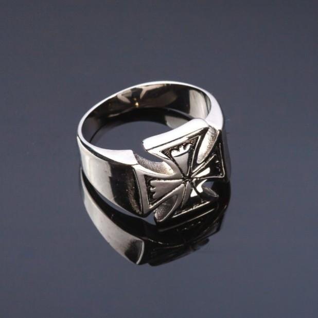 Перстень с крестом