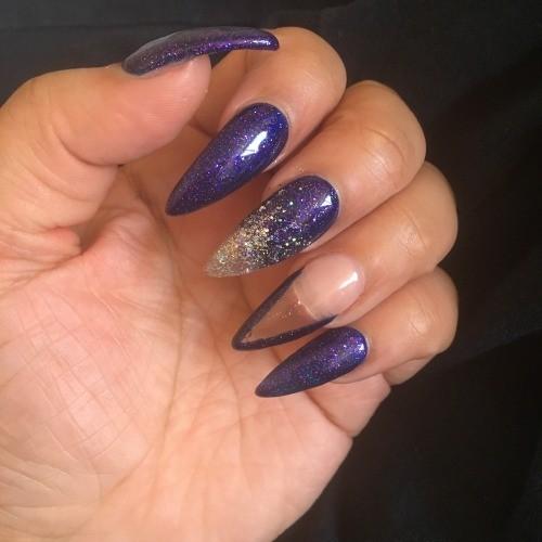 космический шеллак на длинные ногти