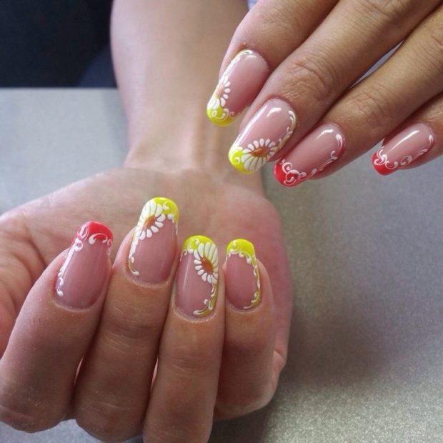 Модные флористические узоры и рисунки на ногтях модные тенденции фото гель лак
