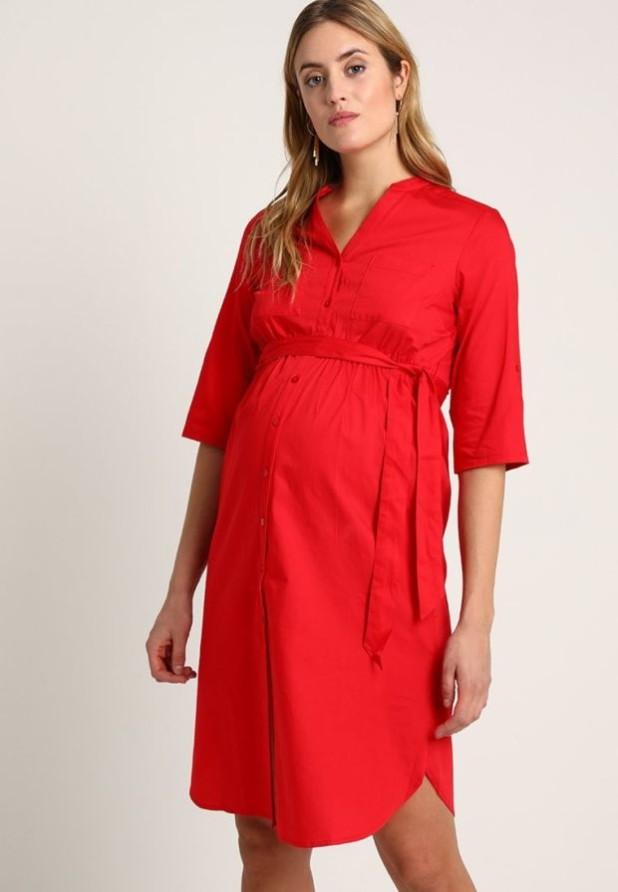 мода для беременных: Легкое красное платье