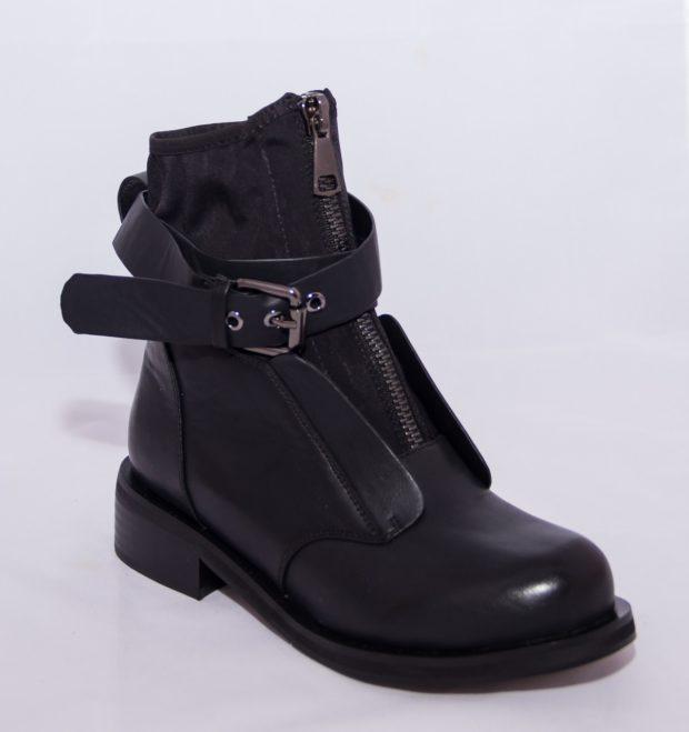 Модная обувь с многочисленными ремешками и пряжками осень-зима 2019-2020