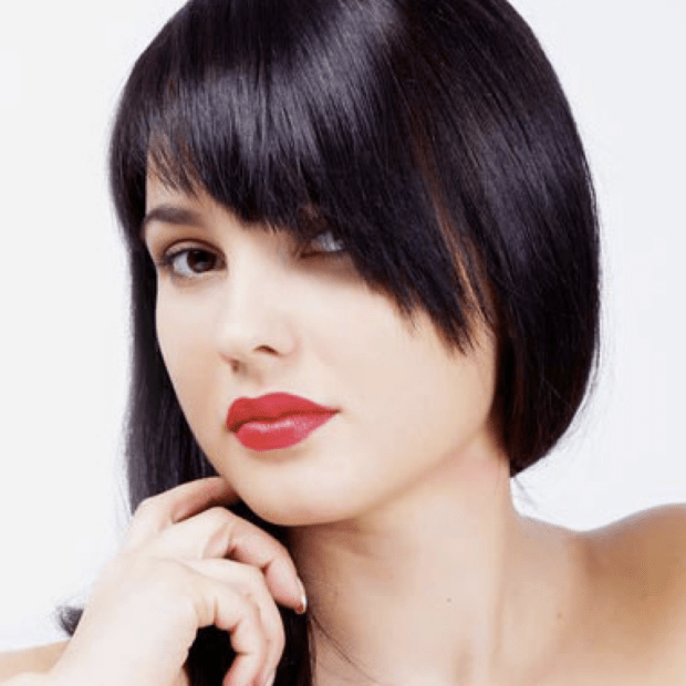 Модная перьевая челка 2018-2019 на длинные волосы