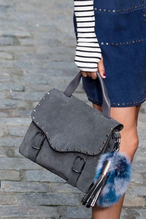 Модные сумки: из бархата