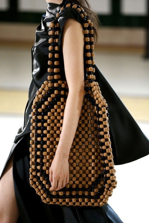 модная женская сумка пластик