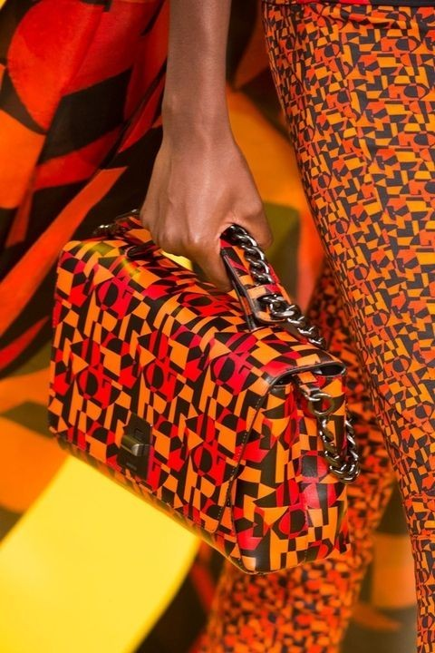 сумка с геометрическим узором