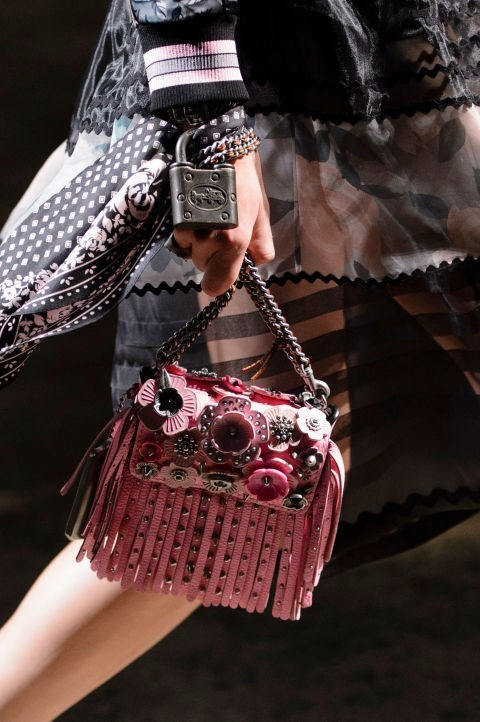 женские сумки с бахромой