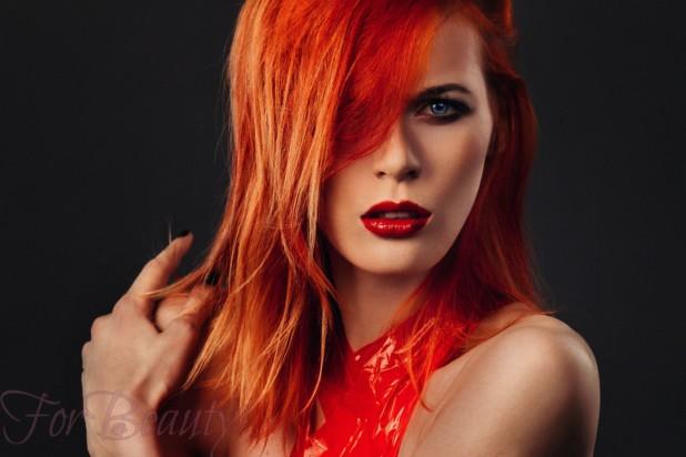 Модный красный оттенок волос 2018