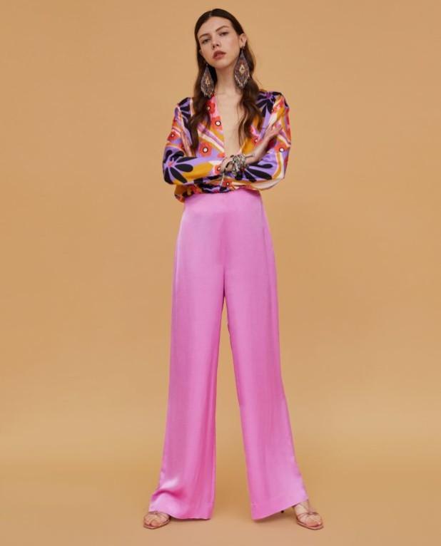 Модный абстрактныйпринт2018-2019 в одежде