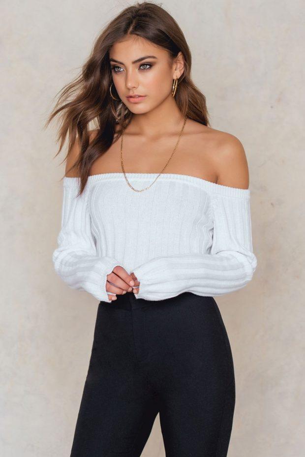 Модные свитера с акцентом на плечи осень-зима 2019-2020 женские