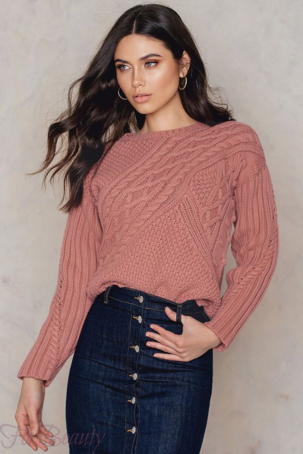Модные свитера с аранским узором осень-зима 2018 2019 женские фото