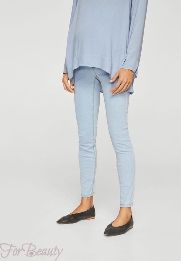 Модные голубые женские джинсы 2018 года
