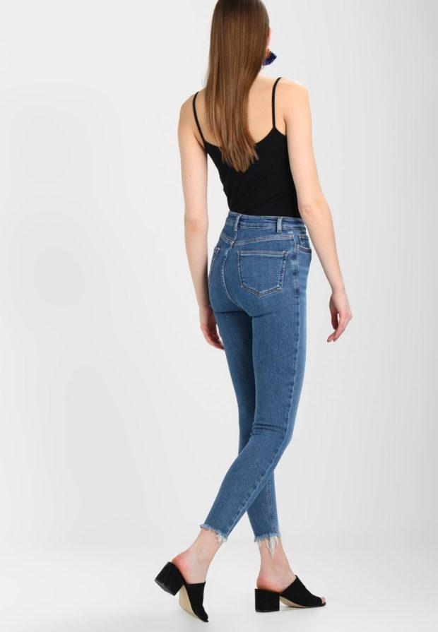 модные женские джинсы скинни с бахромой