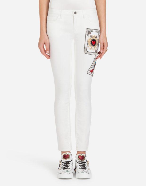 женские джинсы 2021: белые