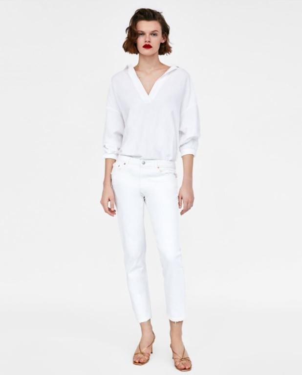Модные женские классические джинсы