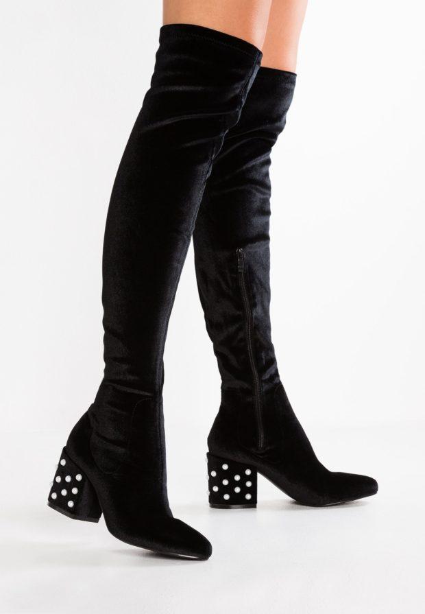 Модные черные женские сапоги