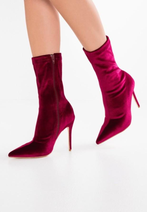 Модные красные сапоги на каблуке осень-зима 2018-2019
