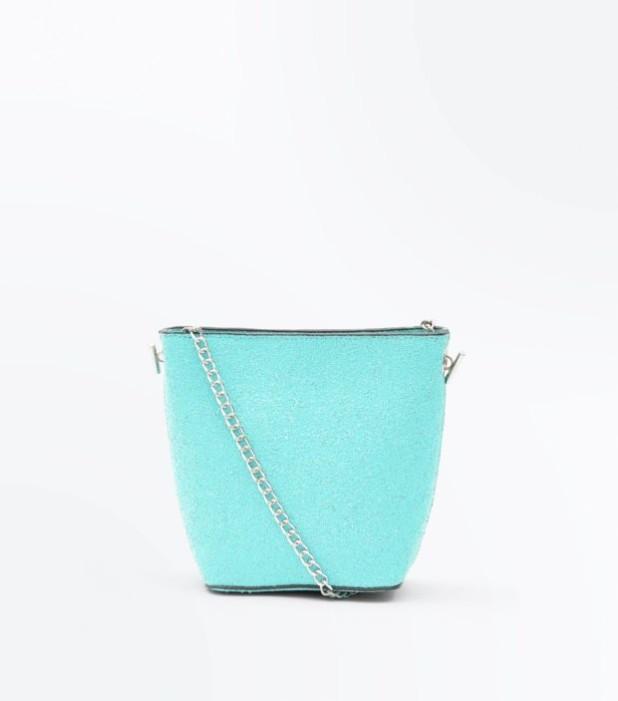 Модные женские сумки 2018-2019: голубая