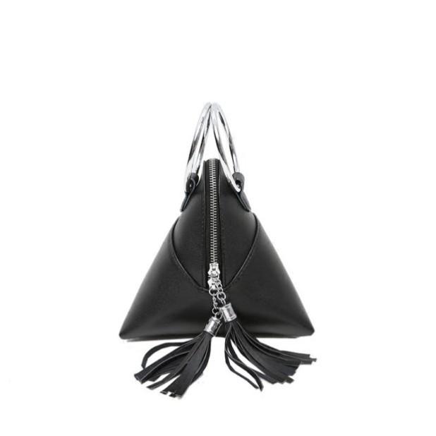 Модные сумки: черная женская треугольник