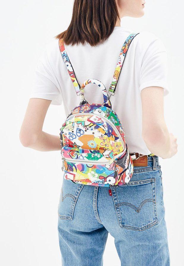 цветастый рюкзак