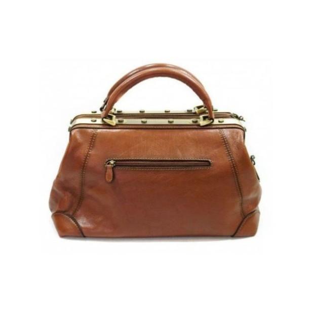 Модные женские сумки: коричневая саквояж